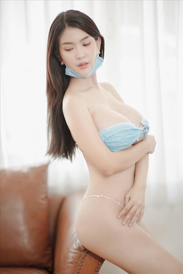 IMG_4955 copy_1080_1080.jpg