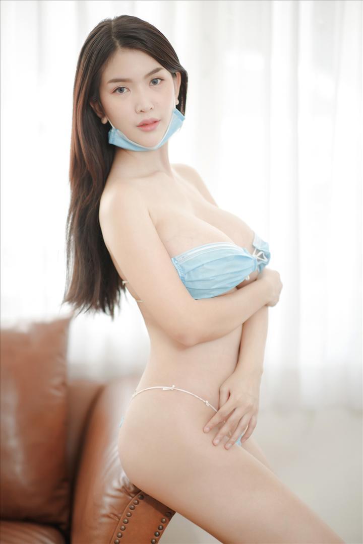 IMG_4956 copy_1080_1080.jpg